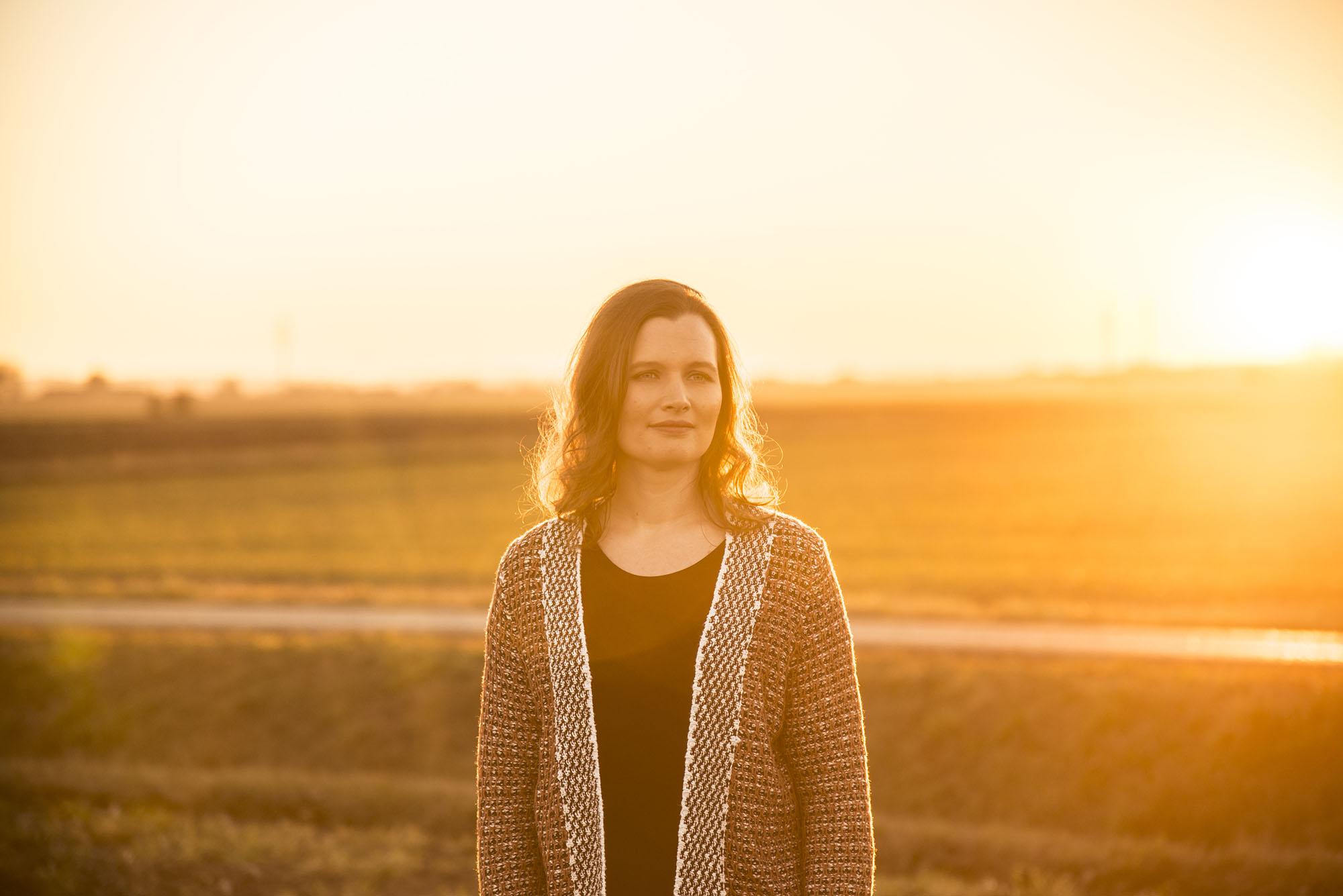 Eva-Marie Ferraro geb. Pausch vor Sonnenuntergang